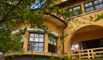 """""""Đưa nhau đi trốn"""" tại làng Pháp cổ Ana Mandara Villas Dalat"""