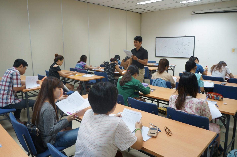 Báo giá phòng hội thảo -phòng học tại Đường Láng Hà Nội