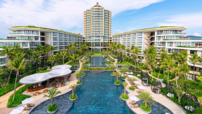 Khu nghỉ dưỡng InterContinental Phu Quoc Long Beach Combo 3N2Đ + Vé máy bay khứ hồi + Đón tiễn