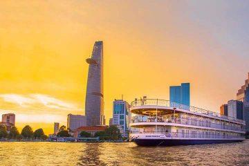 5 du thuyền trên sông Sài Gòn cho bạn trải nghiệm bữa tối lãng mạn bên người thương